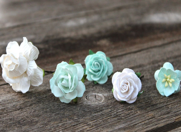 Hair Pins Ivory and Mint Flower Hair Bobby Pins set of 6