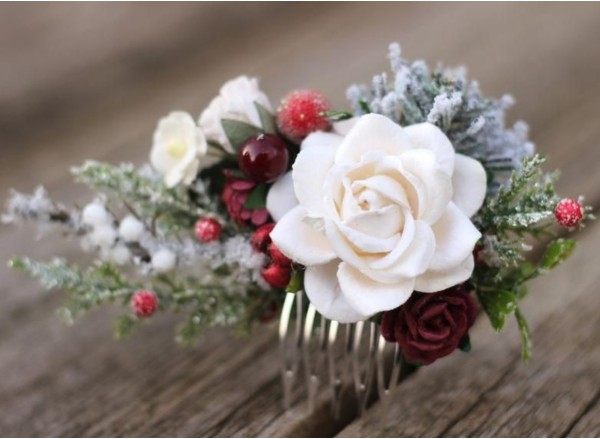Winter flower hair comb - Christmas floral hair piece - Greenery comb wedding