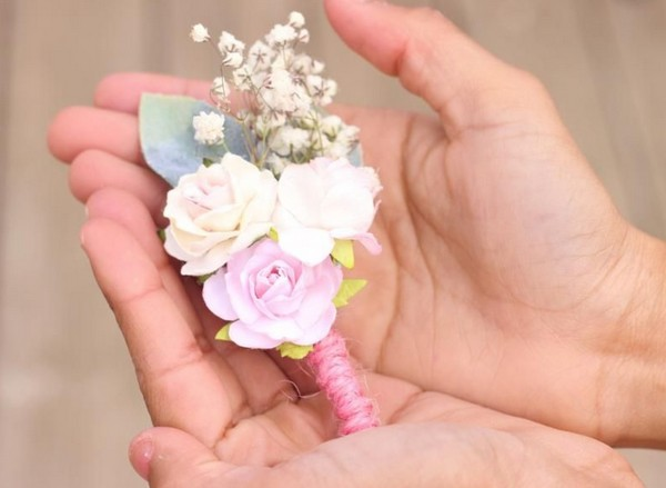 Blush pink wedding boutonniere flower corsage